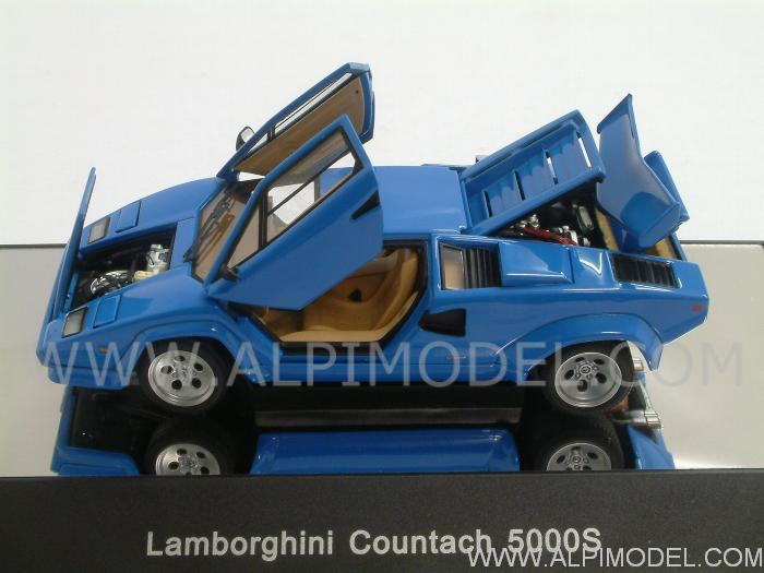 auto art lamborghini countach 5000 s blue with opening. Black Bedroom Furniture Sets. Home Design Ideas