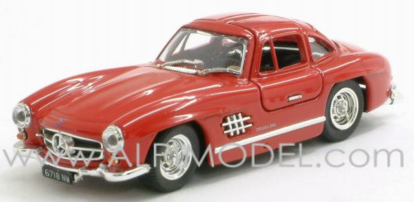 Mercedes 300 SL Gullwing 1954 street (red) by bang