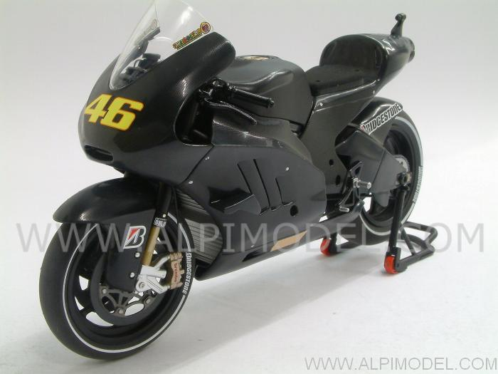 Ducati Desmosedici GP11 Test Valencia 2010  Valentino Rossi Limited Edition 4999pcs. by minichamps