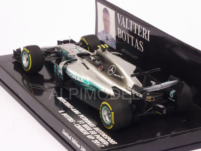 Mercedes W08 AMG #77 GP China 2017 Valtteri Bottas (HQ resin) - minichamps