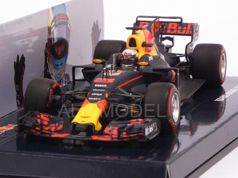 Red Bull RB13 #3 Winner GP Azerbaijan 2017 Daniel Ricciardo (HQ resin) by minichamps