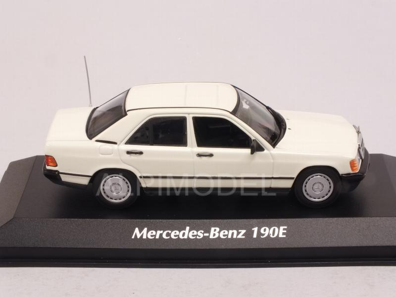 Mercedes 190E 1984 (White)  'Maxichamps' Edition - minichamps