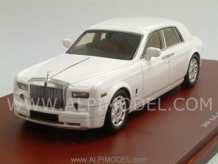 Rolls Royce Phantom 2009 (English White) by true-scale-miniatures