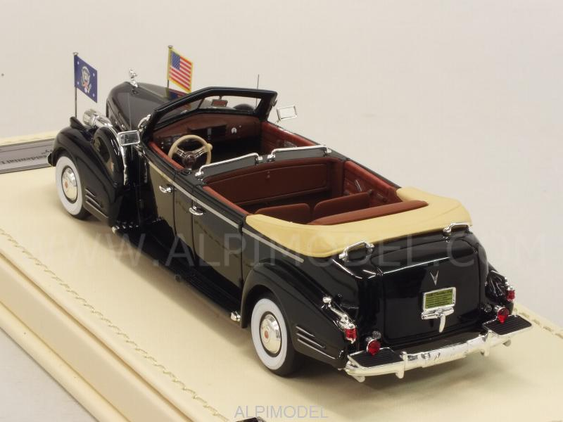 Cadillac Series 90 V16 Presidential Limousine Queen Mary 1938 - true-scale-miniatures
