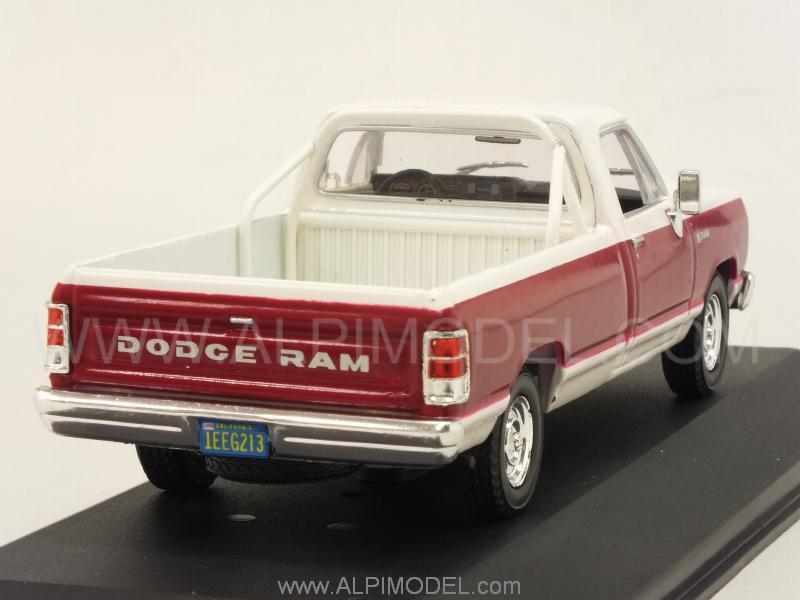 Whitebox Wb180 Dodge Ram 1987 Red White 1 43