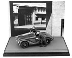 Ferrari 125 S 1947 'Fabbrica Ferrari' Special Black&White version (with 2 figures) by BRUMM