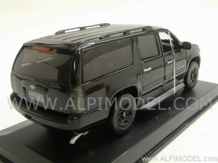 Subarban >> LUXURY Chevrolet Suburban 2009-2010 (Black) (1/43 scale model)