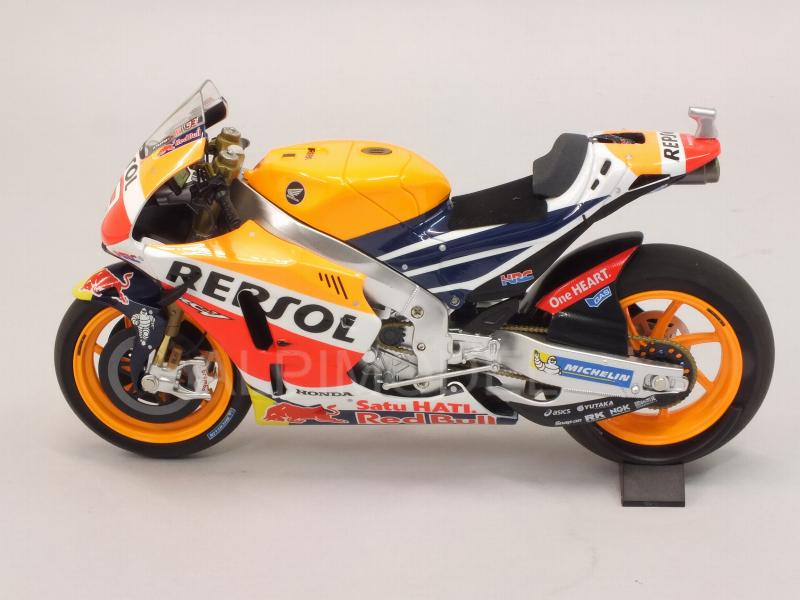 minichamps Honda RC213V Team Repsol #93 World Champion MotoGP 2016 Marc Marquez (1/12 scale model)